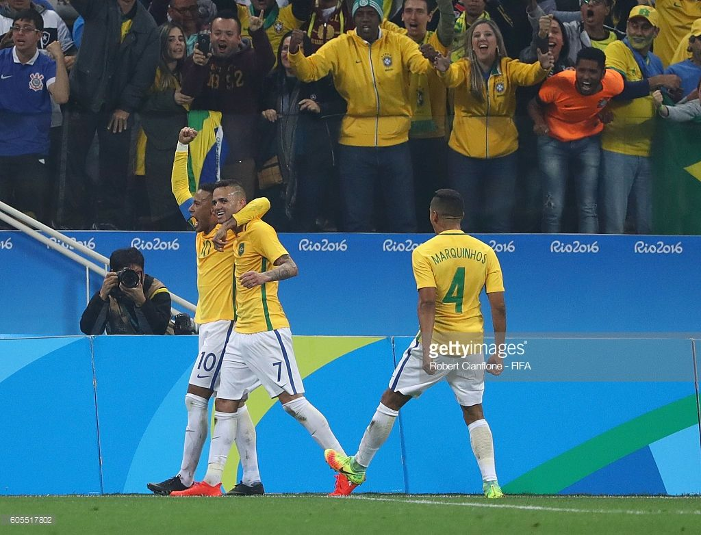 Luan of Brazil celebrates with Neymar after scoring a goal during the Men s  Football Quarter Final ecab9935d6a96