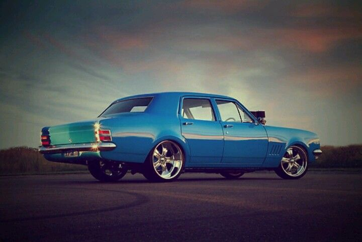 Holden Classic Car – Blue Muscle 'Old' Style