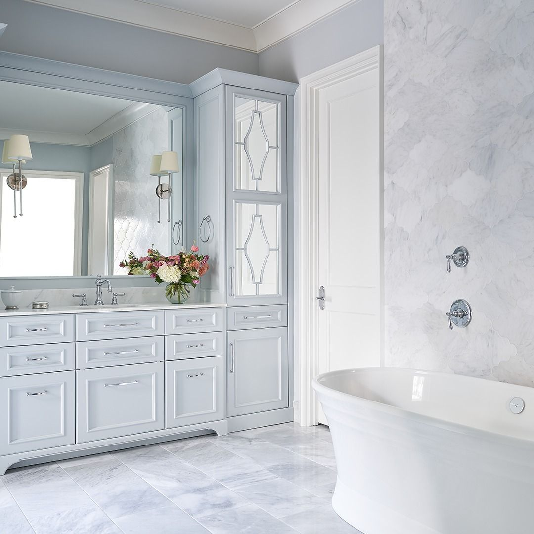 Pietra Bello In Bianco Bello Arabesque Pillowed And Rue Pierre Blanc 12x18 Custom Homes Master Bathroom White Marble Mosaic