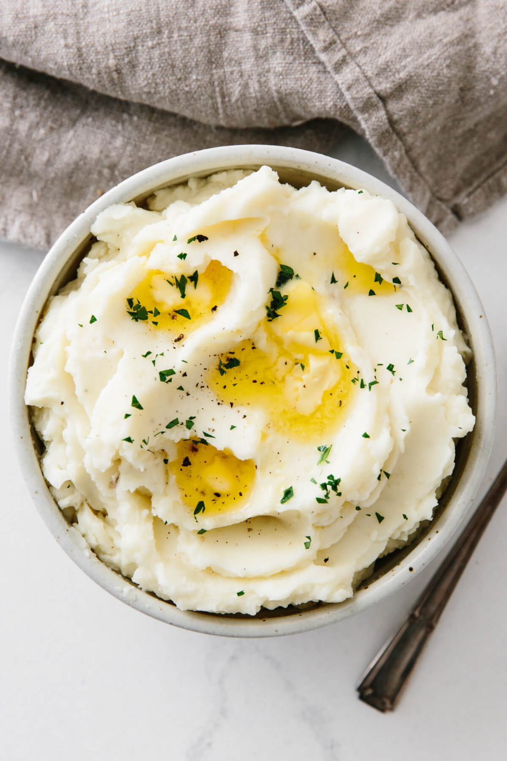 This Is The Best Mashed Potato Recipe It S Ultra Creamy Smooth Buttery And P Mashed Potatoes Recipe Easy Easy Potato Recipes Classic Mashed Potatoes Recipe