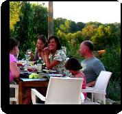 Mid Frankrijk, Vallée de  Lignac, kleine boederij camping, gite, safaritent en  table d'hotes.