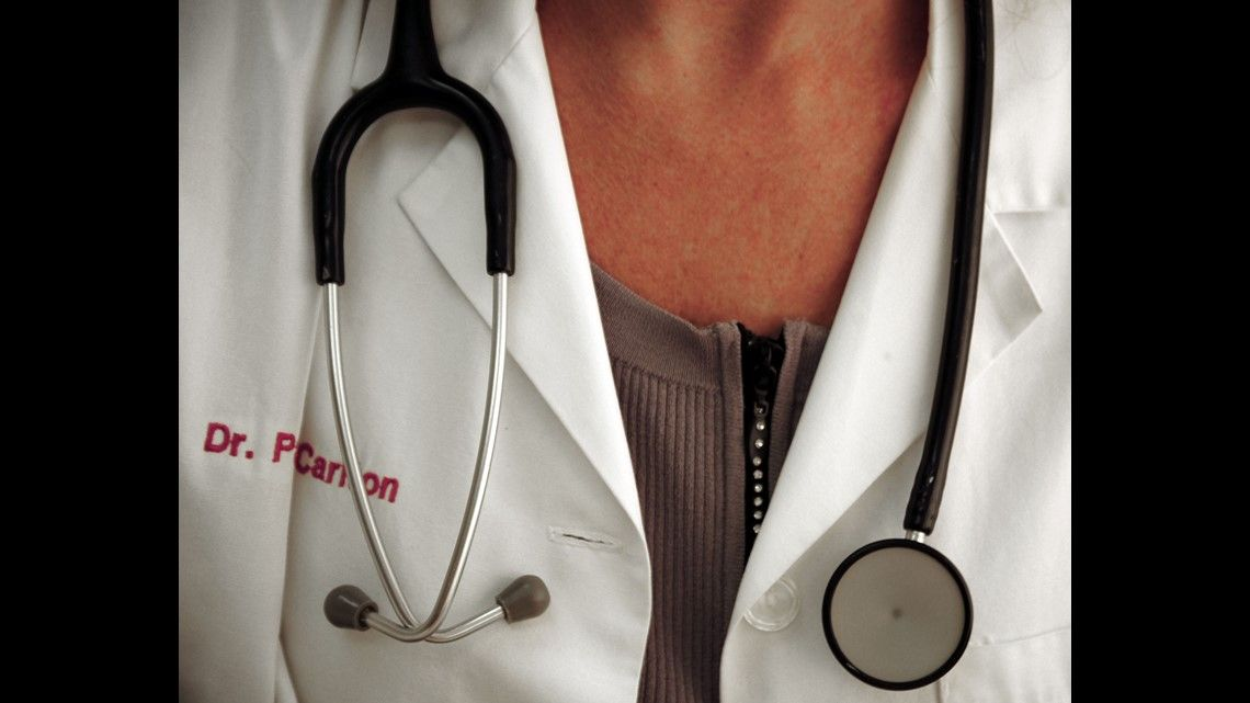 'Female physicians do not work as hard' Texas doctor