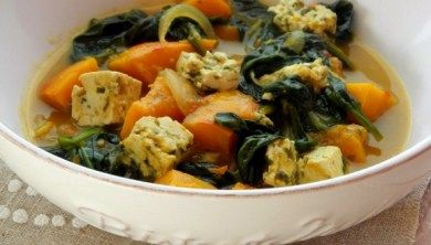 Curry de potimarron, épinards & tofu (épinard - noisette)