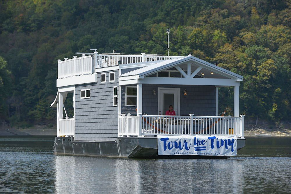 Hey My Name S Jimmy And I M With Harbor Cottage Houseboats