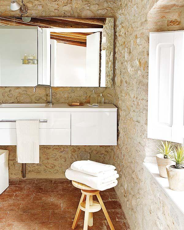 Cases Singulars de lu0027Empordà Gloria Duran Arquitecte Bathrooms