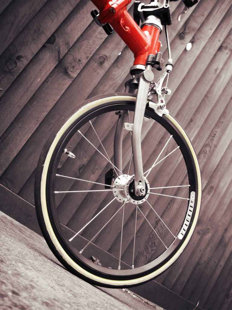 Brompton Merc Front With Aerohead Rims And Champ Tyre Brompton Brompton Bicycle Bicycle