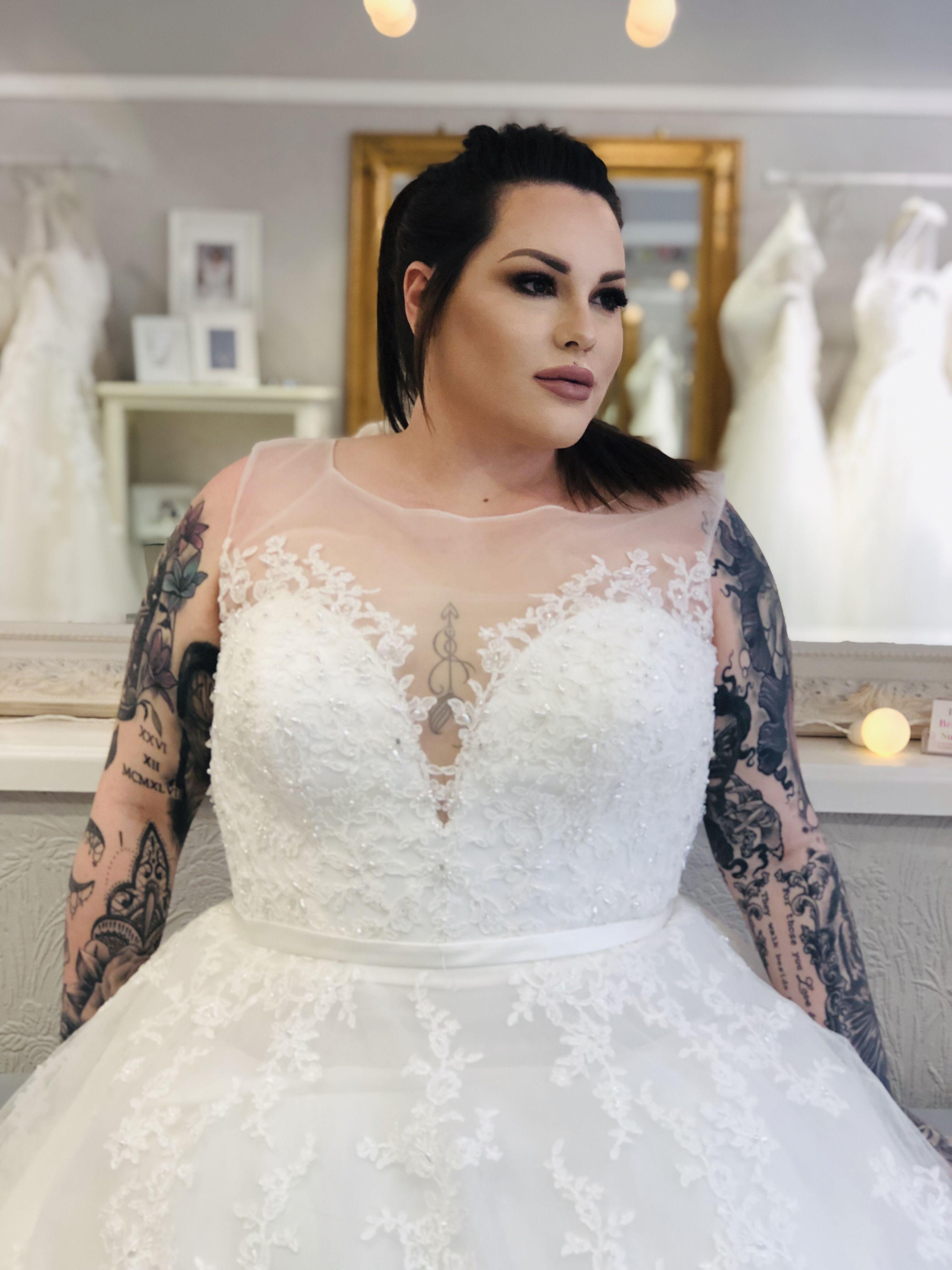 Curvy Bride To Be Kaytee Wearing The Beautiful Las Vegas Dress By Callista Bride Curvy Bride Plus Size Bride Bridal Dresses,Black Woman Mermaid Wedding Dresses 2020