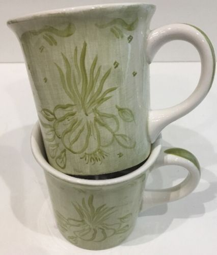 Trish Richman At Home Decorative Housewares Coffee Mug 2 Garden Vegetable Garlic