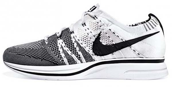 I never post athletic shoes to this board, but these are the exception! NIKE FLY KNIT TRAINER+ [WHITE/BLACK] 532984-100