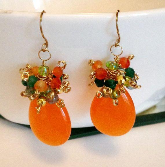 c53b00d5f106 Piedra preciosa Jade naranja mandarina vibrante clúster