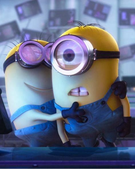 minion hug theres me on the left minionswhaaat