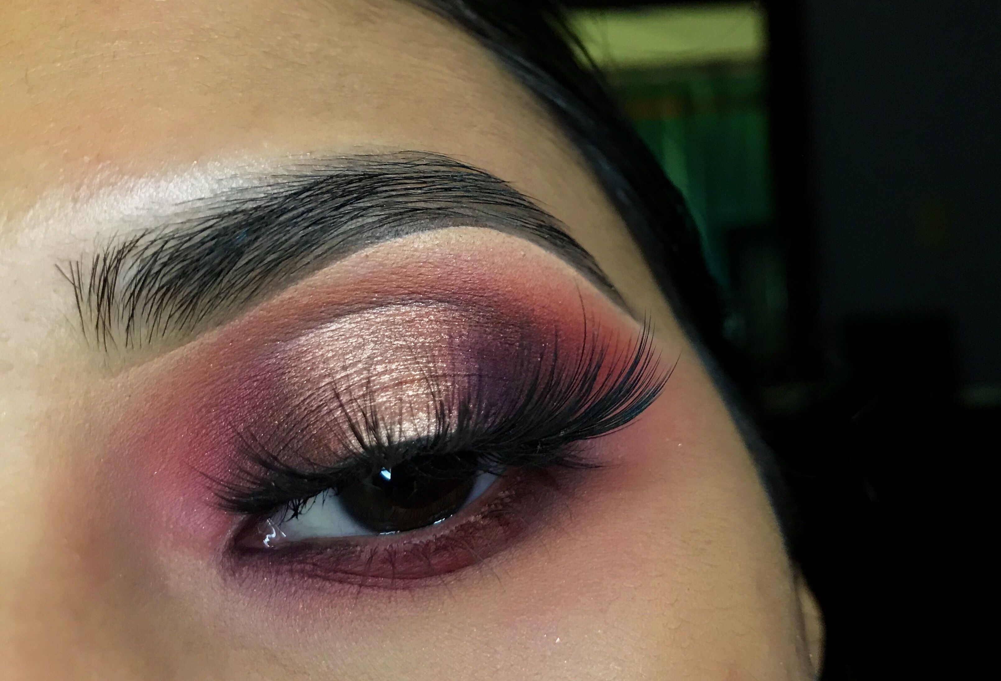 """A look using the 39A """"Dare to Create"""" Morphe palette"""