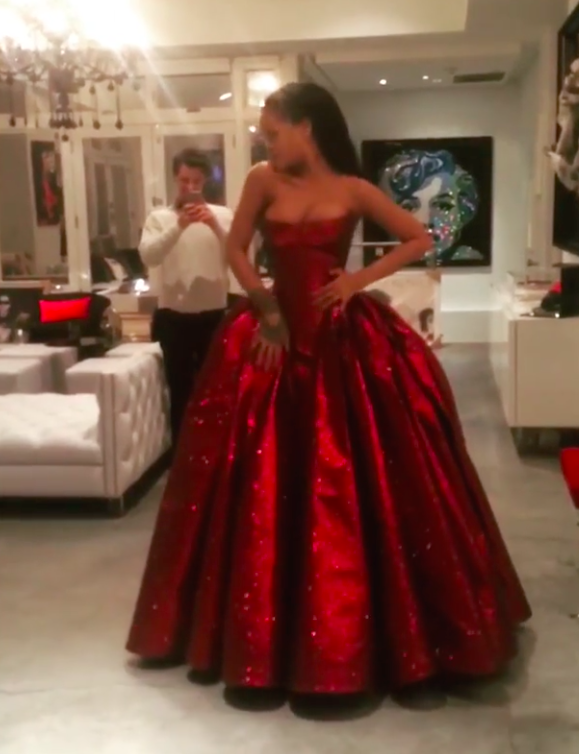 Zac Posen On Instagram My Dream Valentine Archive Footage Of A Special Moment With A Speci Rihanna Red Dress Beautiful Red Dresses Prom Dresses Tumblr