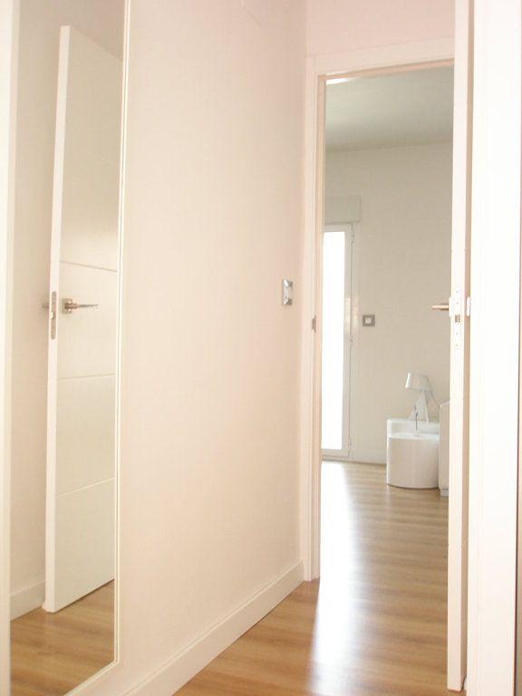Puertas Blancas   Decorar tu casa es facilisimo.com   Salón   Pinterest
