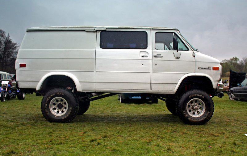 Gmc Vandura Chevy Astro Van Chevrolet Van Cool Vans