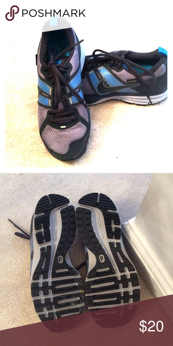 Like new Nike Gore-Tex, blue and grey, sz 6.5 Like new Nike Gore-Tex, 6.5, blue and grey.  Spring cleaning means your gain! Nike Shoes Athletic Shoes