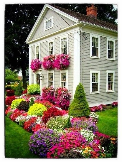 Covered In Annuals 100 Container Garden Ideas For Arkansas Texas Tennessee And The South Part 3 Jones Front Yard Landscaping Beautiful Gardens Garden Design