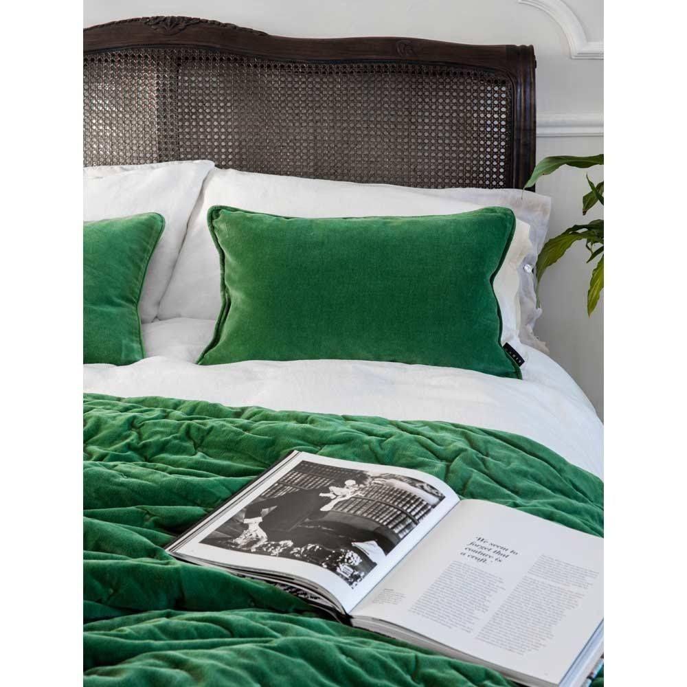 Plushious velvet bedspread in emerald green velvet throw