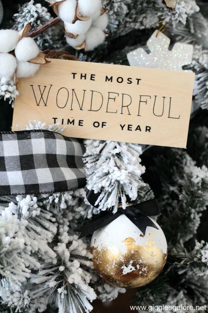 Black and White Buffalo Plaid Farmhouse Christmas Tree #blackchristmastreeideas