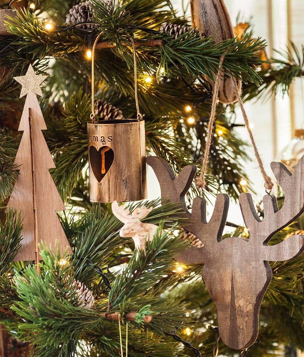 164704151e599 Detalle adornos Navidad árbol