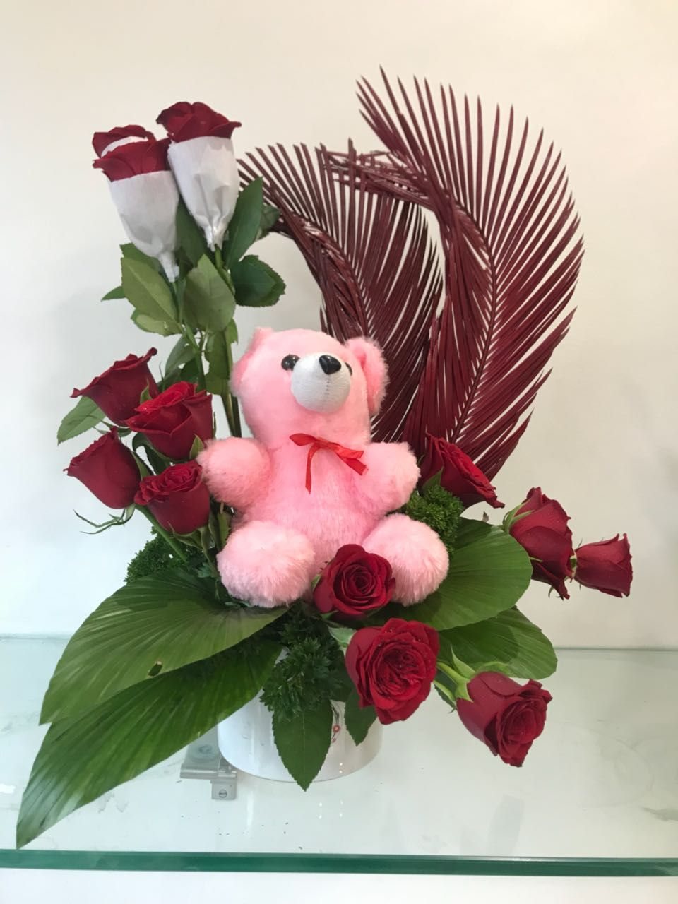 Send flowers to pune online flowers bouquet cakes chocolates send flowers to pune buy flower online flowers delivery in pune izmirmasajfo