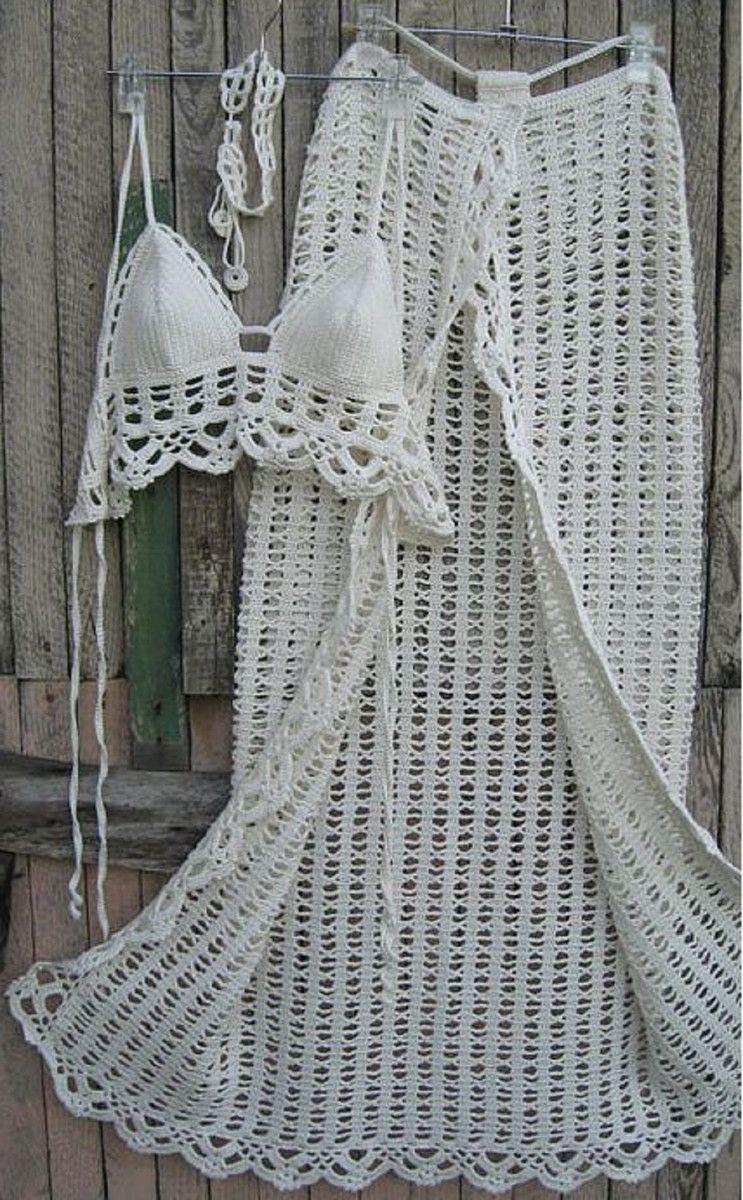 f2a07f16c Conjunto biquini e saia saída de praia de crochê Confeccionado em linha de  algodão Conjunto confeccionadao