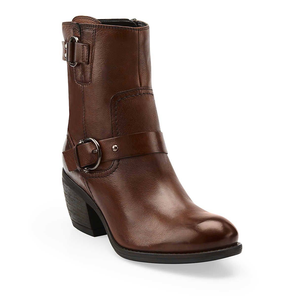 Mascarpone Cafe - I just bought these in black, and I can't wait for them  to arrive! the perfect NYC boot!