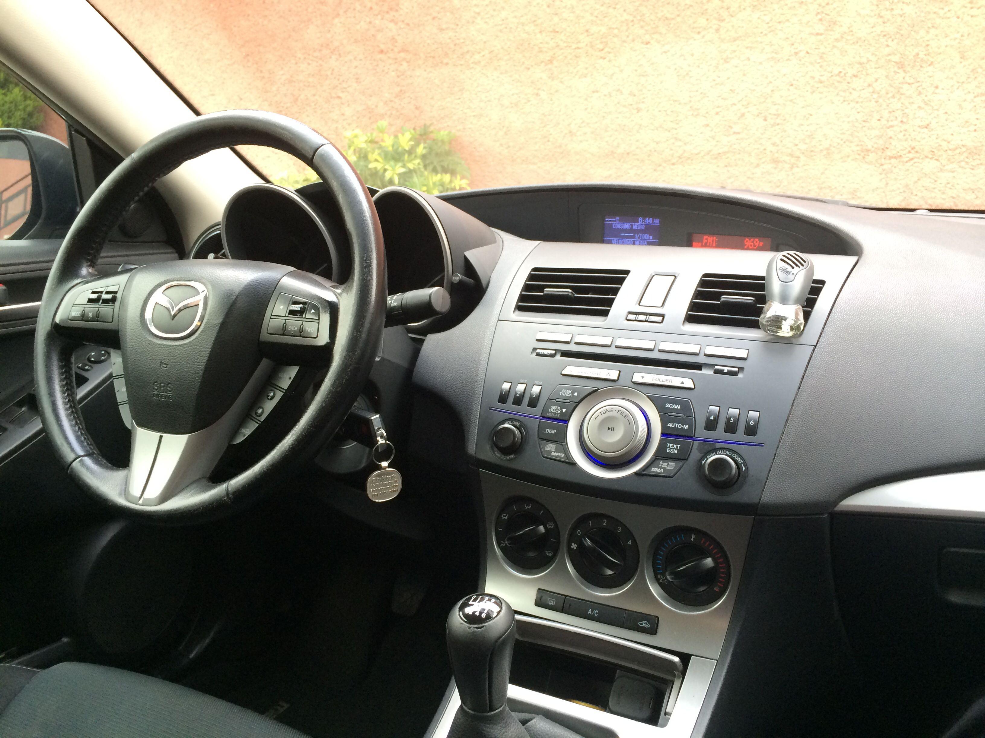Kelebihan Mazda 3 2011 Harga