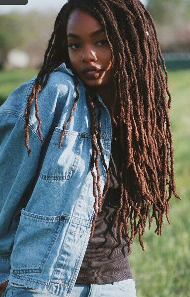 Does Black girls with dreads phrase simply