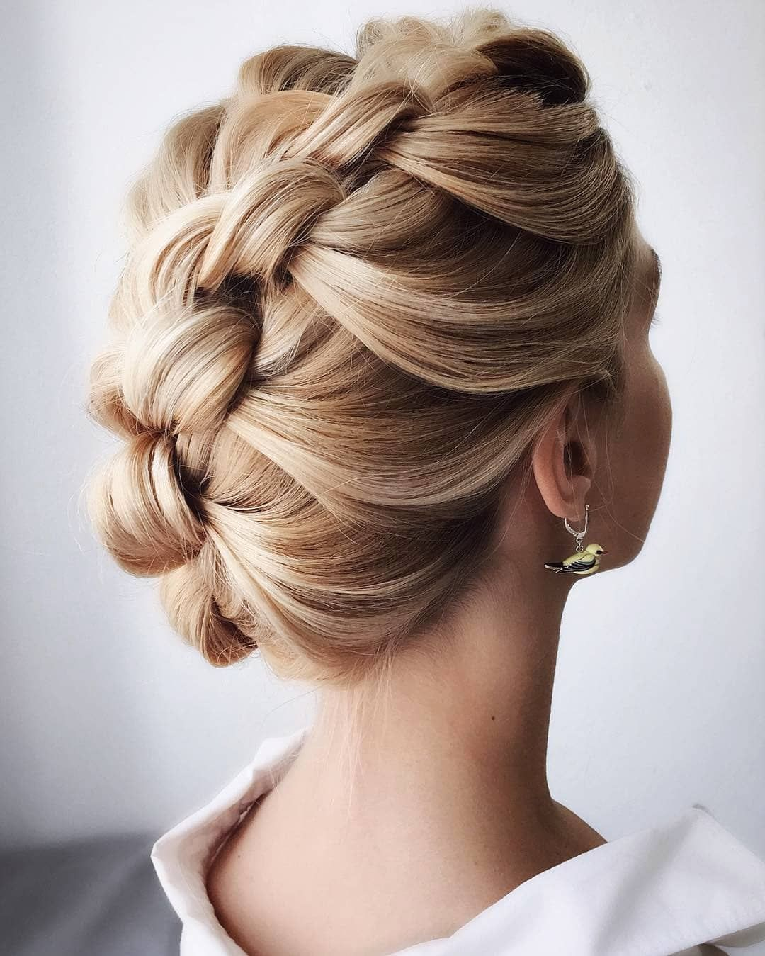 French Braid Wedding Hairstyles Short Hairdo Frenchbraid Wedding Diy Hairdos Wedding In 2020 Braided Hairstyles For Wedding Hairdo Wedding Hair Styles
