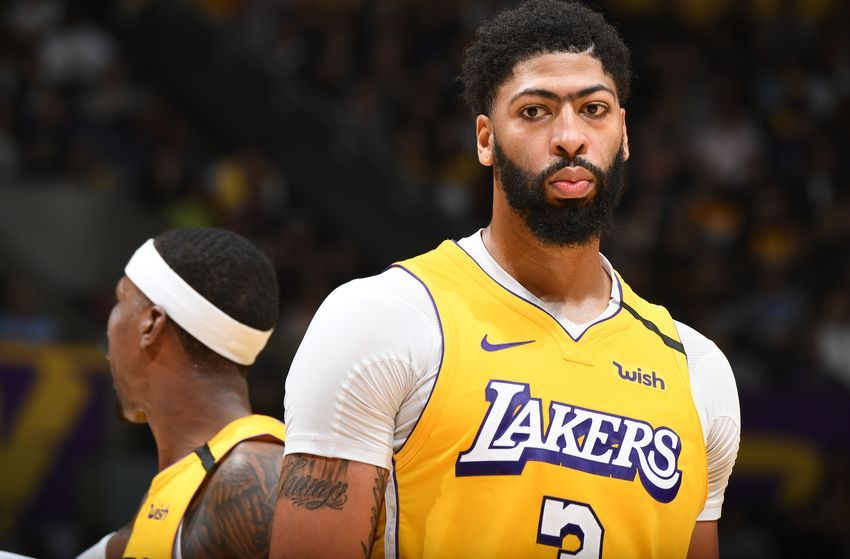 Pelicans Agree To Trade Anthony Davis To Losangeles Lakers Nba Sports In 2020 Anthony Davis Los Angeles Lakers Lakers