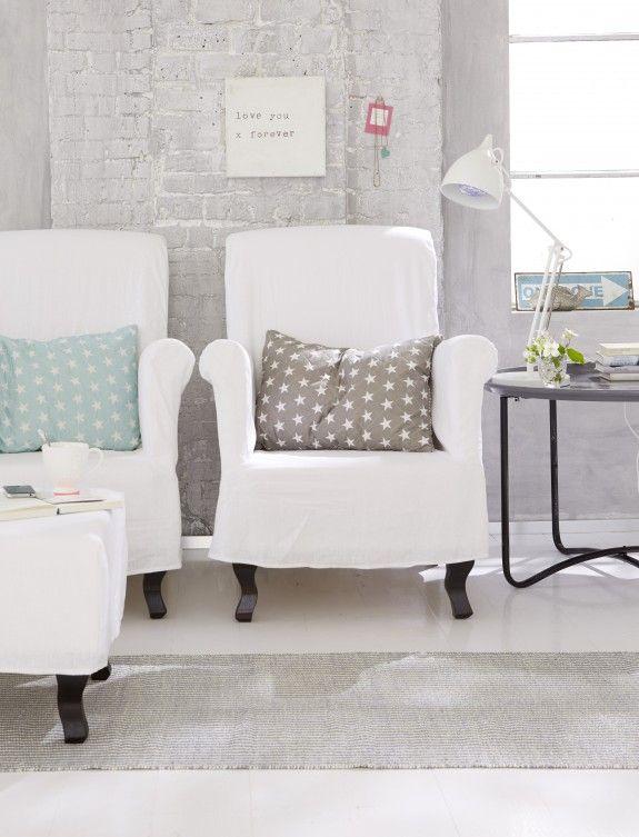 Mit einem zweiten Sessel wird die Leseecke auch zu einem idealen Ort ...