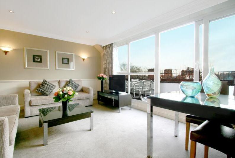 S. Kensington 2 Bedroom 2 Bathroom Penthouse with Balcony ...