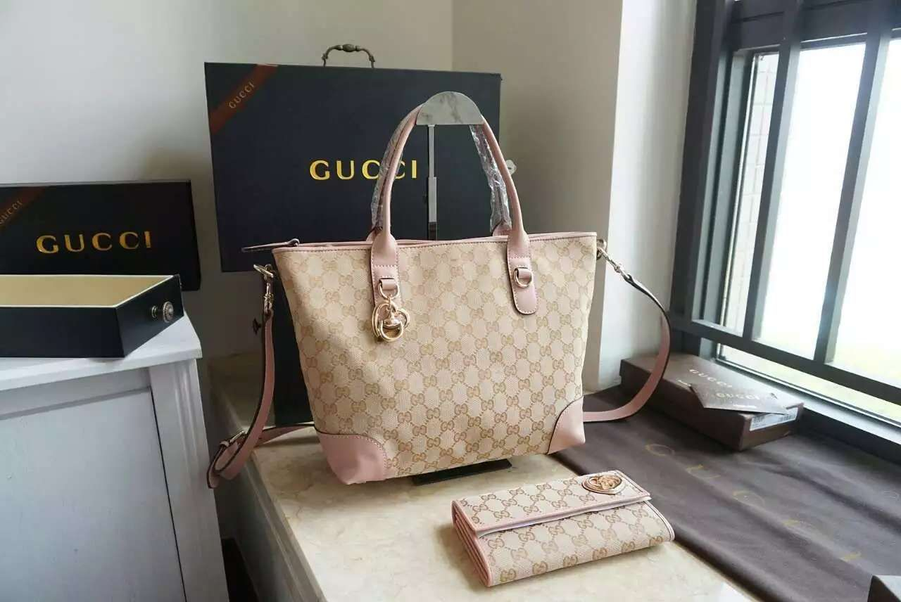 gucci Bag, ID : 31472(FORSALE:a@yybags.com), gucci large wallets for women, gucci small tote, gucci womens designer wallets, gucci cool wallets, gucci where to buy a briefcase, gucci leather shoulder bag, gucci online, gucci red leather handbags, gucci kids online shopping, gucci inexpensive handbags, gucci leather handbags sale #gucciBag #gucci #gucci #women's #designer #handbags