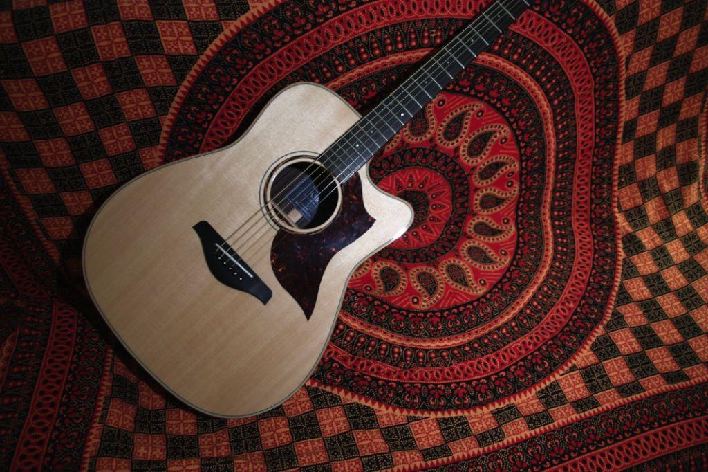 Pin By Stephanie Cote On La Guitar Pinterest Yamaha Guitars And