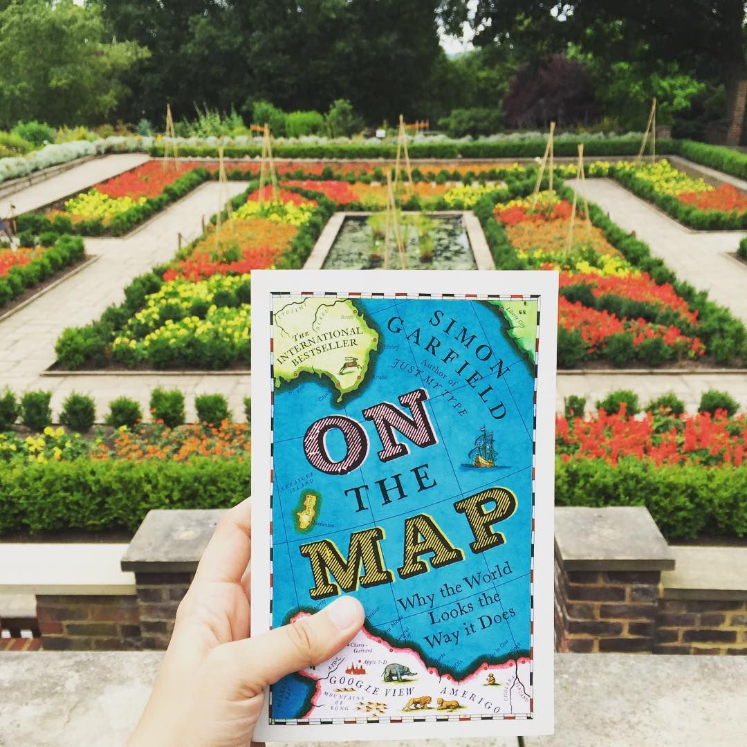 ¡Nueva adquisición!  #onthemap #simongarfield #hornimanmuseum&garden #london #booklovers #bookstagram #books #igreads