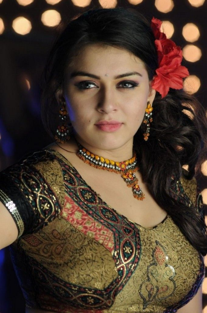 Hansika Motwani Hot Pics Hansika Motwani Most Top Celebrity Of Hot Pics Hot Pictures Of Top Actresses In Which Different Places Are Different Styles Here