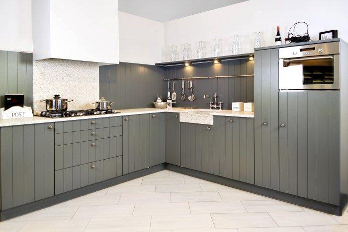 Afbeeldingsresultaat voor landelijke keukens met kookeiland interiors pinterest keukens - Credence keuken wit ...
