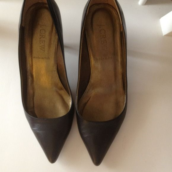 J Crew pumps Black pointy toed pumps from J Crew in great condition! Barely worn. 2.5 inch heel. J. Crew Shoes Heels