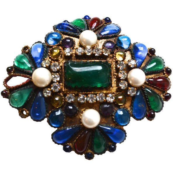 Pre-owned Early Maison Gripoix for Chanel Brooch (€2.345) ❤ liked on Polyvore featuring jewelry, brooches, initial pendant, initial jewelry, pearl jewellery, pendant jewelry and initial brooch