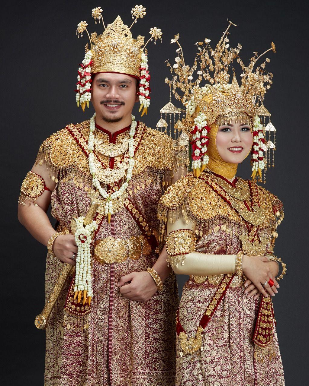 Pakaian adat Palembang ( Dodot )  Pengantin, Pakaian, Fotografi