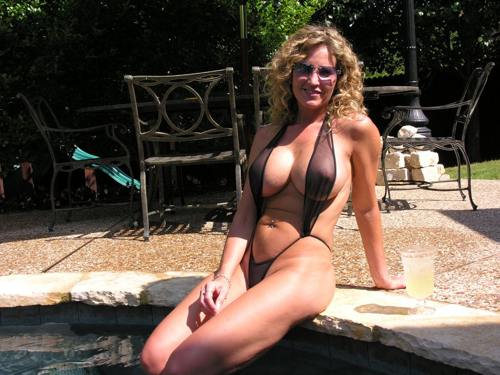 milf in swimsuit over 40 - google search | cougers | pinterest