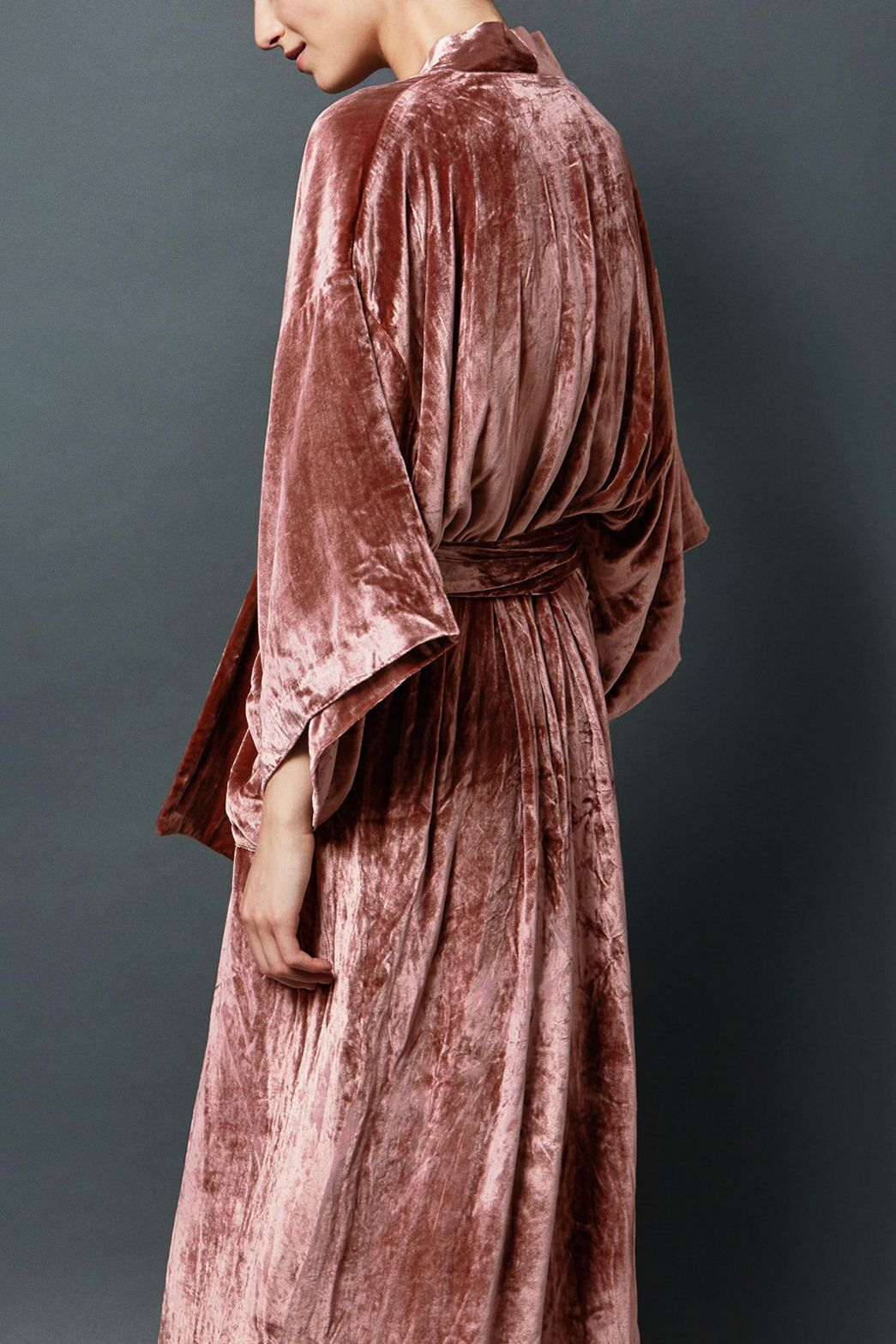bb4fd6fcff25 the most beautiful dusty rose velvet robe by Toast