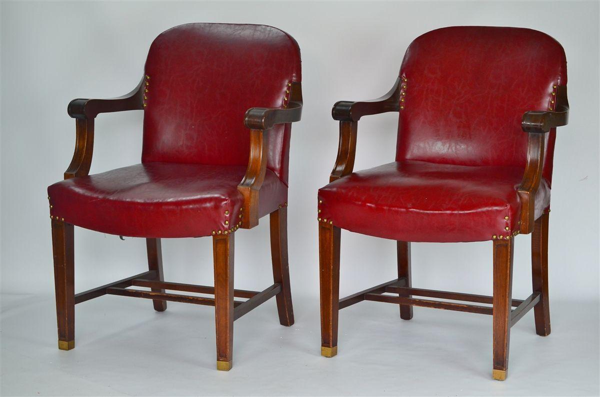 Merveilleux Vintage Bankers Chair