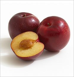 Santa Rosa Plum Scientific Binomial Name Prunus Domesticus Usage Eaten Out Of Hand Selection Good Quality Santa Rosa Plums W Plum Fruit Plum Fruit And Veg