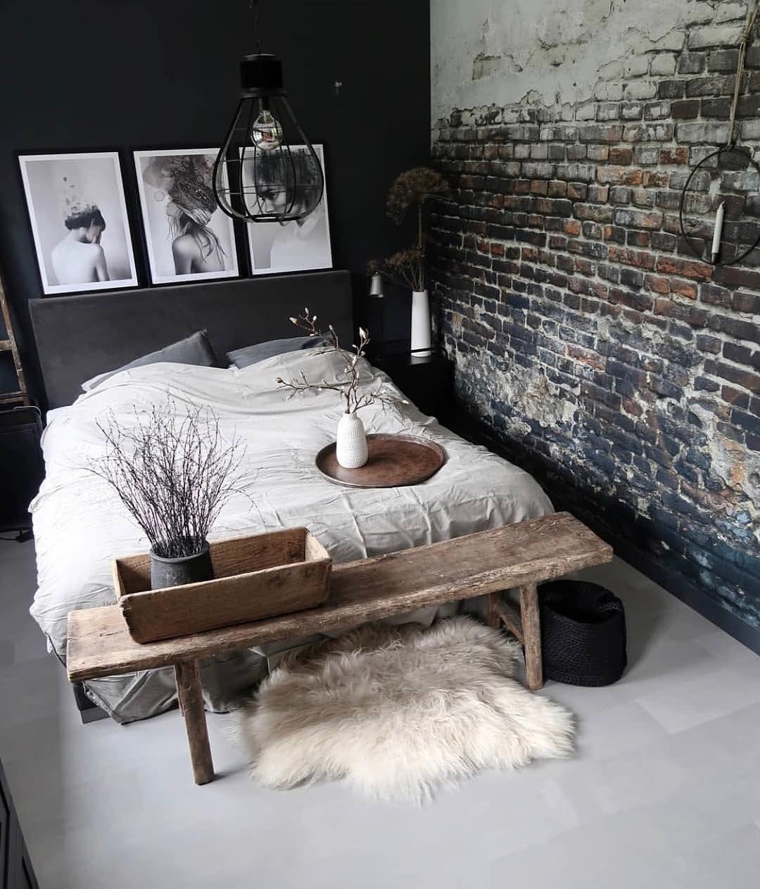 Bild könnte enthalten: Personen, die sitzen, Tisch und Innenbereich #slaapkamerideeen