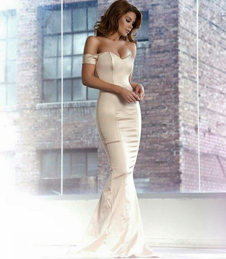 Cream Color Dress For Wedding. Reversible Full Slip With Cool ...