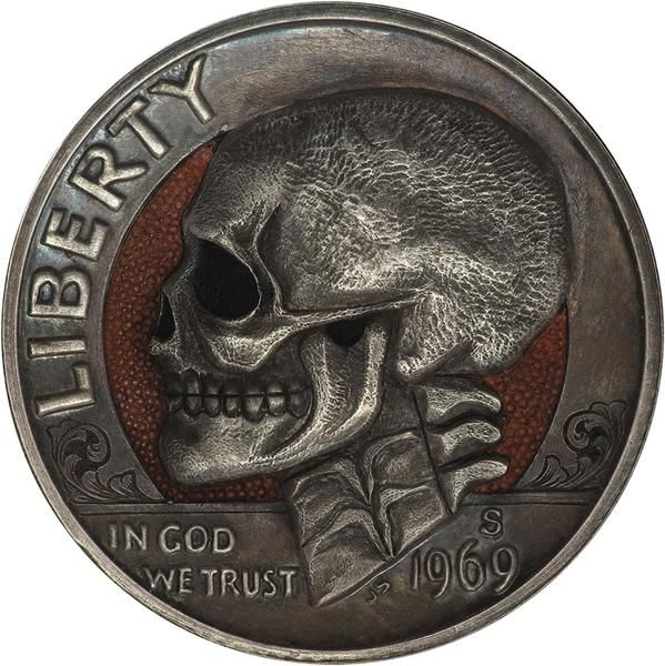 Amazing hobo nickels carved from coins  http://www.thisiscolossal.com/2013/12/hobo-nickels-paolo-curcio/  via @jamesrdesigner