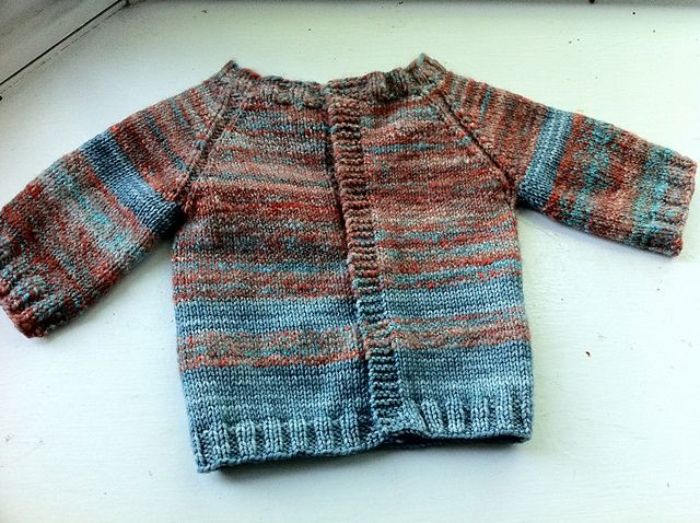 top down raglan (free pattern) | Kid Knits | Pinterest | Kinder ...