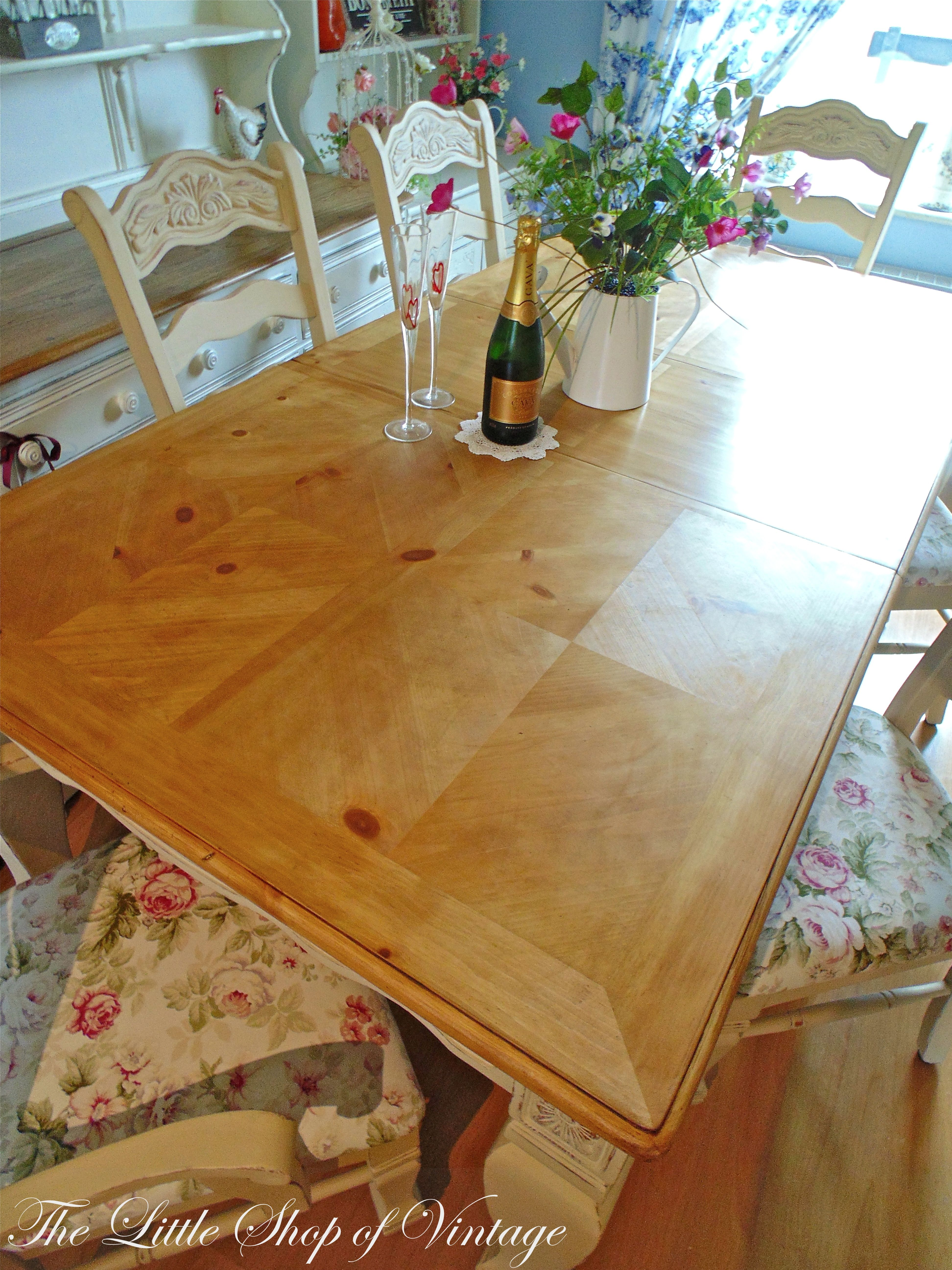 Don T Be Afraid To Sand A Table Top Even Inlaid Wood Veneer It Often Reveals The Most Beautiful Patterns Refinished Table Refinish Table Top Wood Table Top